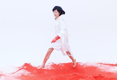 [Premiere] Kumisolo – Pop Girl